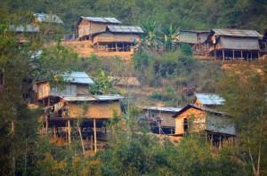 Domčúriky na brehu Mekongu