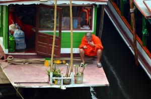 Moderný mních