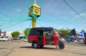 Námestíčko v Negombe.