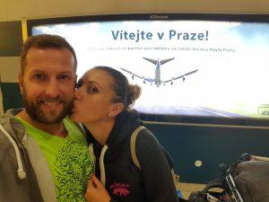 A o 302 000 ľahší sme šťastne pristáli na letisku v Prahe.